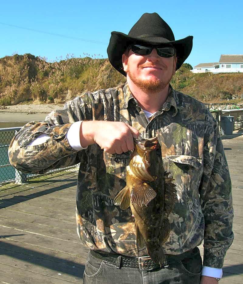 Grass_rockfish_Trinidad_Pier_2006