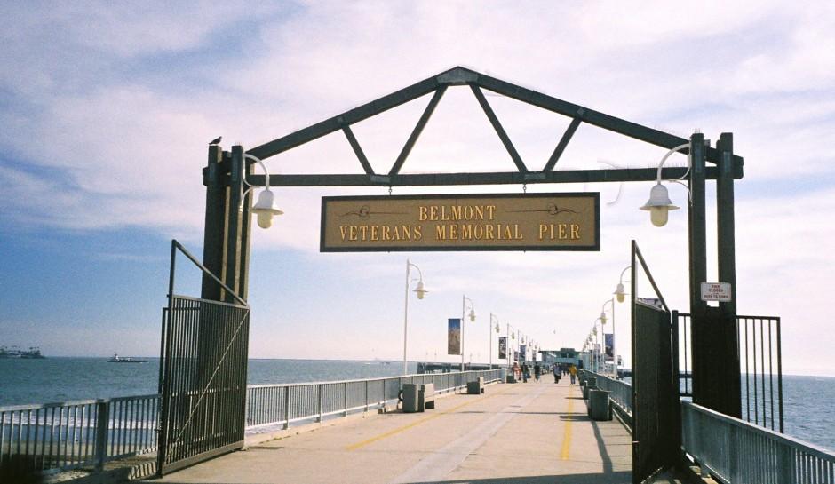 Belmont_Pier_Entrance_1