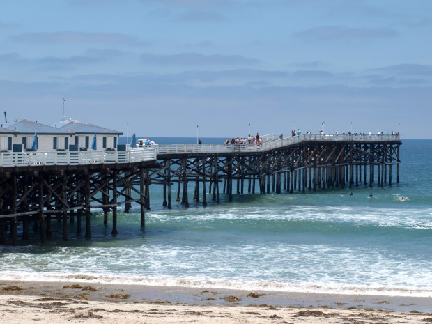 Crystal pier pacific beach san diego for Crystal pier fishing