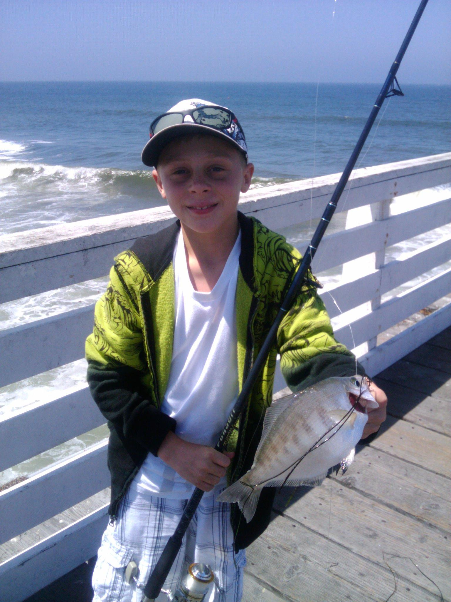 Crystal pier walleye surfperch 2010 for Crystal pier fishing