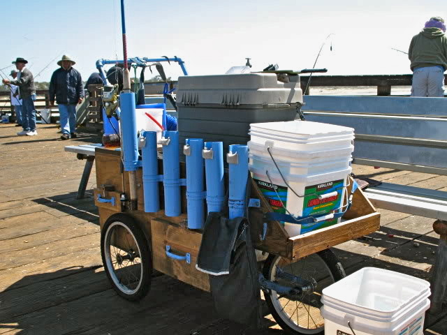 Pier.Cart_Port.Hueneme