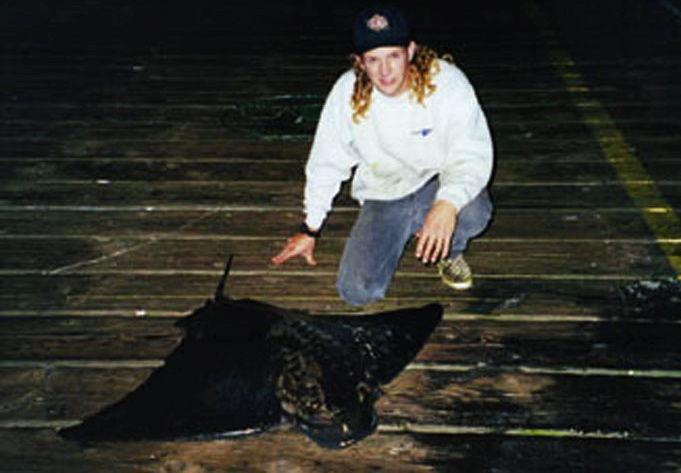 Bat.Ray_Goleta_2003_Pete.Wolf_52inch