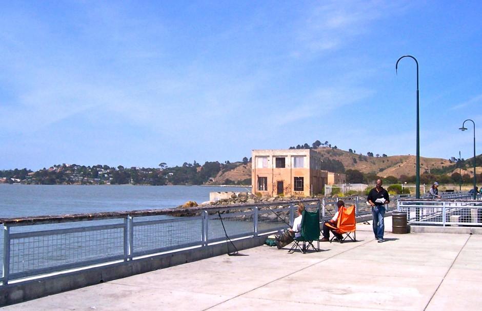 Ferry.Point.Pier_2011