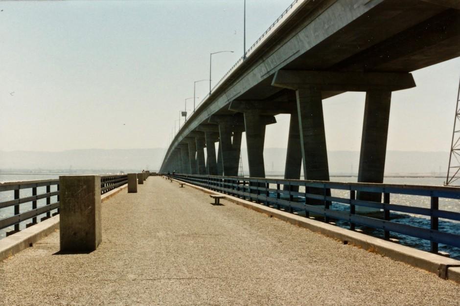 Dumbarton.Pier_1991.1