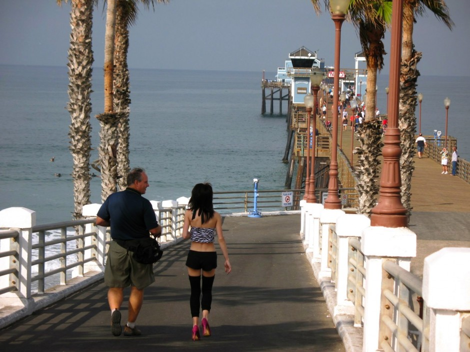 Oceanside.Pier_2008_Downramp
