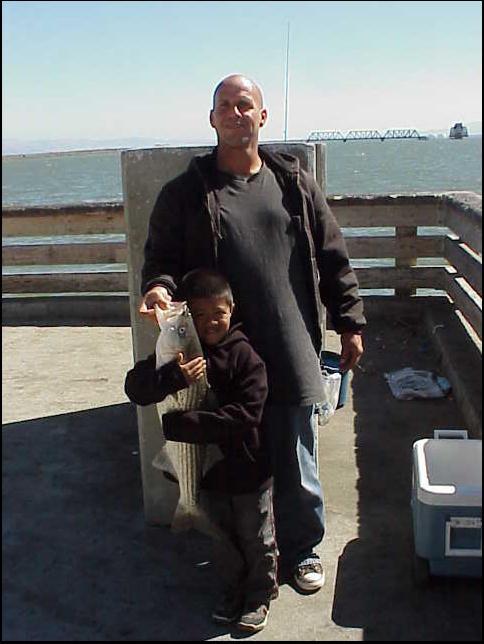 Striped_Bass2_Dumbarton_Pier_2005