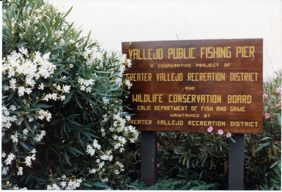 Vallejo_Pier_1982_3a